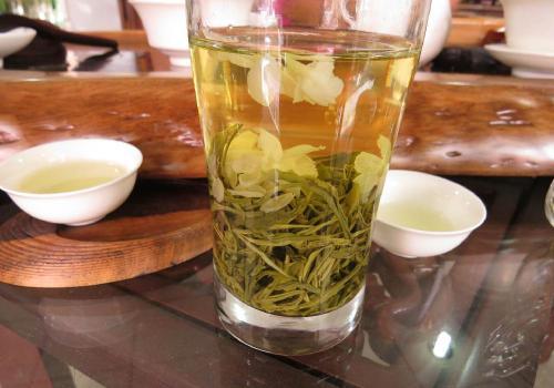 碧潭飘雪茶价格一斤