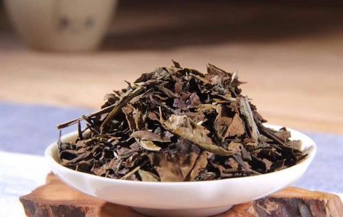 老树寿眉白茶